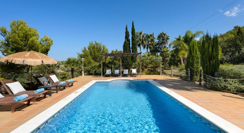 Best time to travel Ibiza Villa Es Baladres