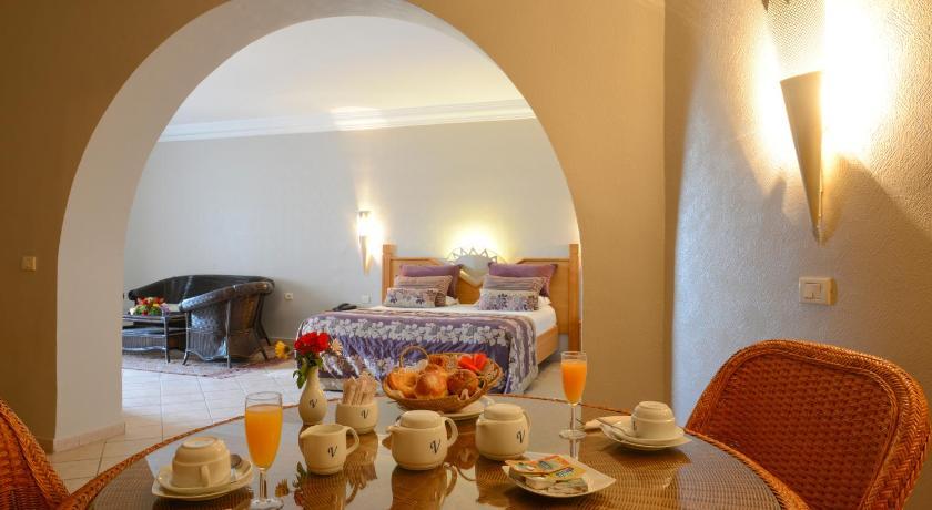 Best time to travel Midoun Vincci Djerba Resort