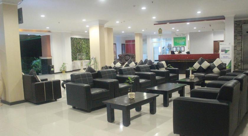 Grand Madani Hotel Jl Udayana No 20 Monjok Bar Selaparang