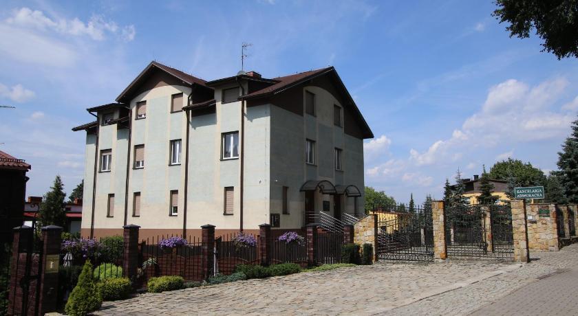 Best time to travel Bytom Apartament nr 1