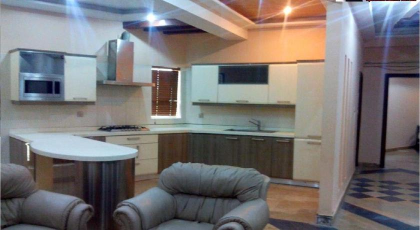 Furnished Apartments in Rawalpindi - Room Deals, Photos