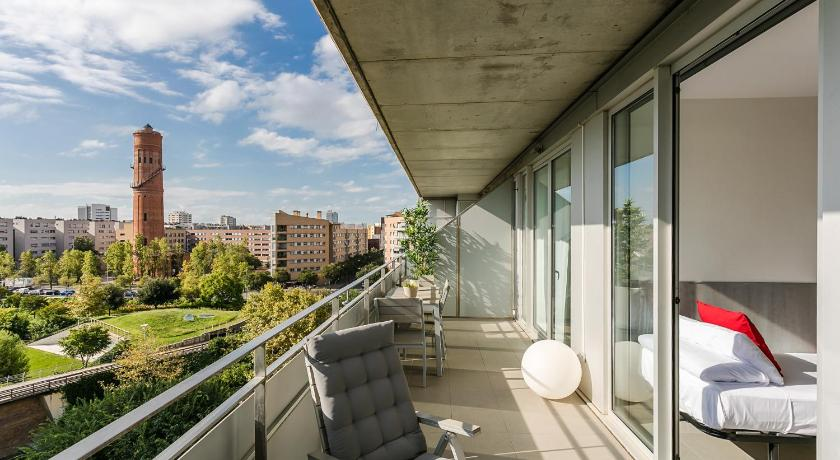 Stylish 2 bed / 2 bath flat close to the beach - Barcelona