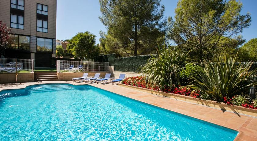 Best time to travel Badalona Hotel Desitges