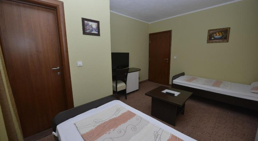 Standard Twin Room with Mountain View Motel Borik