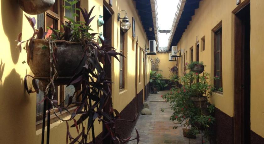 More about Hotel Yaragua