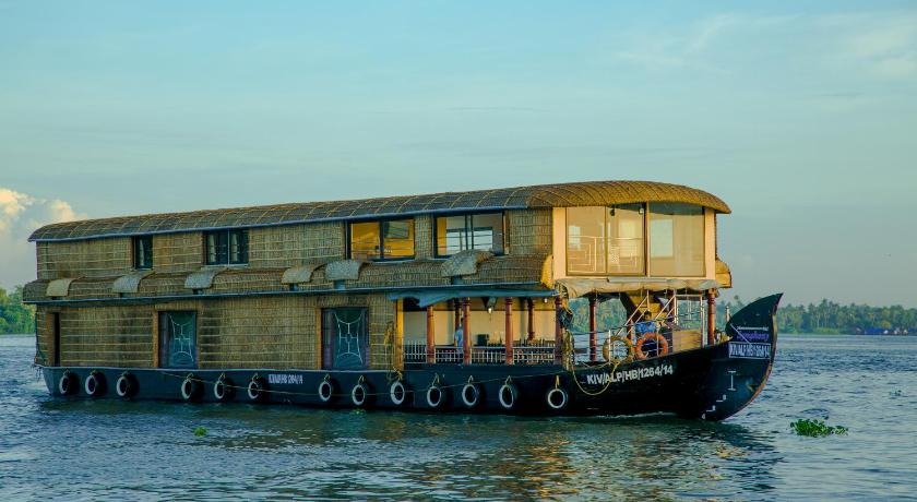 Harmony Houseboats Boat Cruise Alleppey Deals Photos