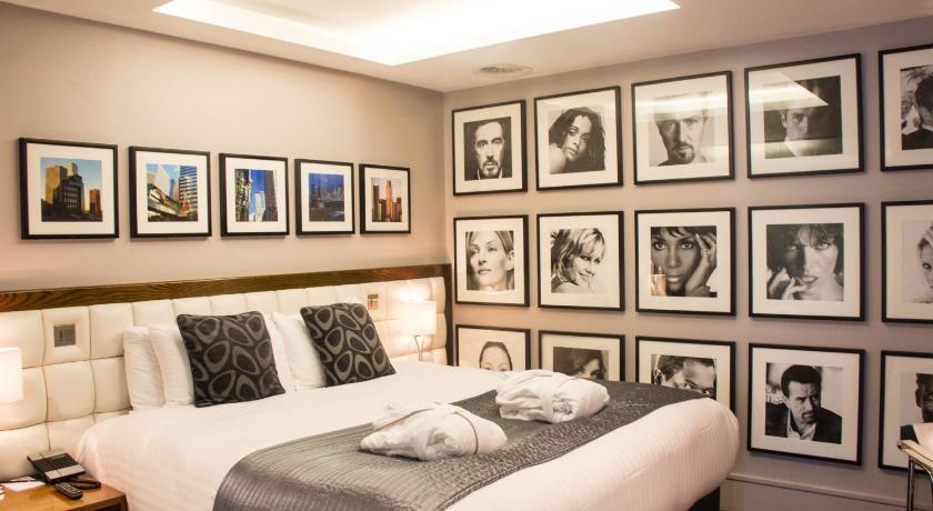 Le Monde Hotel