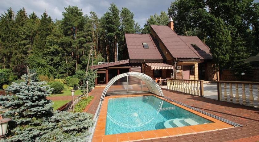 Best time to travel Kaunas Dream forest house of Kaunas Reservoir