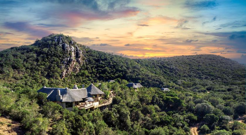 Best time to travel South Africa Inzolo Exclusive Game Lodge