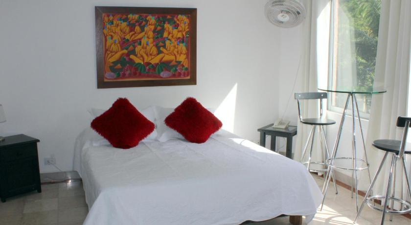 Best time to travel Colombia Hotel Lleras Premium #1