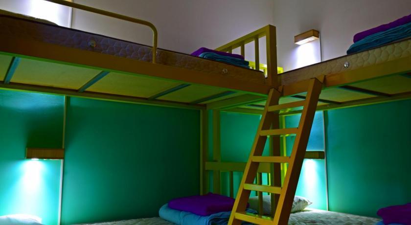 Social Hostel Cafe E Bar In Curitiba Room Deals Photos