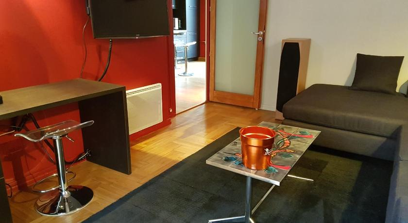 Best time to travel France Appartement LYON 7