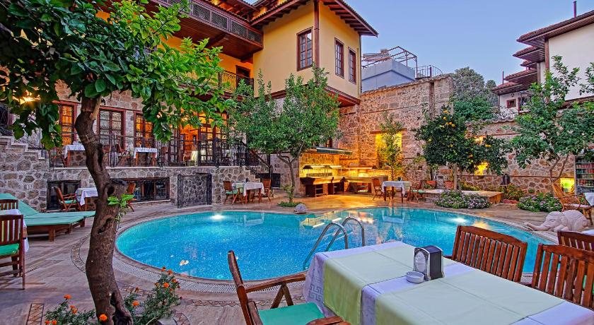 Best time to travel Antalya La Paloma Hotel