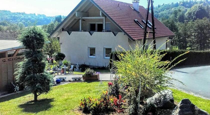 том, деревня гамлиц австрия фото поэтому наиболее частым