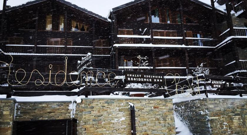 Best time to travel Piedmont Chalet Edelweiss