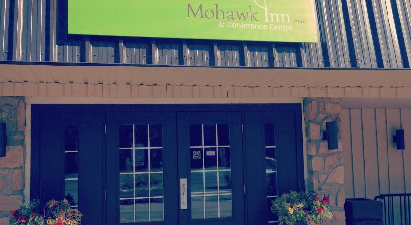 Best time to travel Brampton Mohawk Inn and Conference Centre