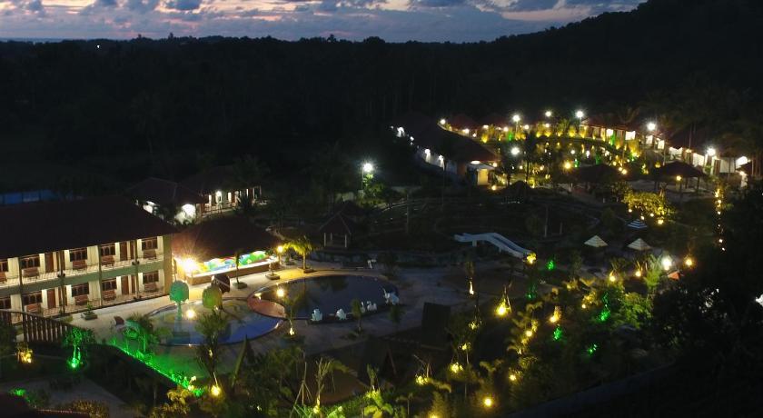 Dayang Resort Singkawang in Indonesia - Room Deals, Photos ...