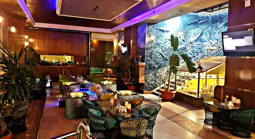 Best time to travel Saudi Arabia Aquarium Hotel