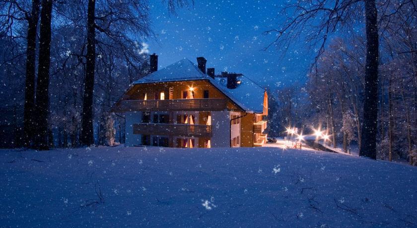 Best time to travel Čakovec Aparthotel Snjezna Kraljica