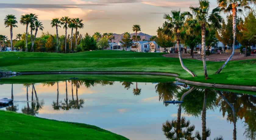 Palm Creek Golf & RV Resort - 55+ Adults Only | Casa ...