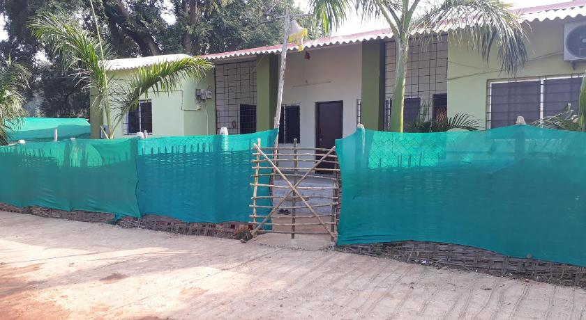 Shashwat Homestay in Chandrapur - Room Deals, Photos & Reviews