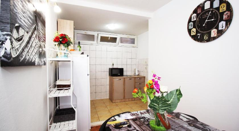 Studio Apartment Dragica