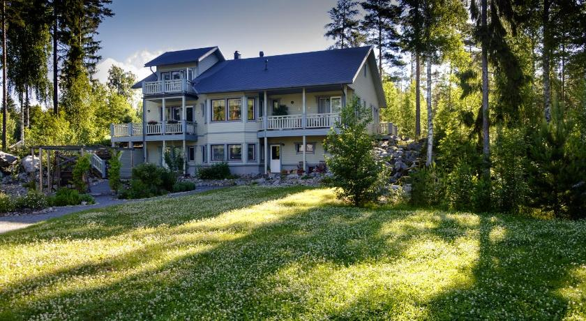 Best time to travel Finland Guesthouse Kivitatti