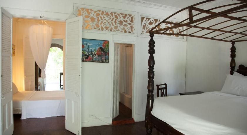 More about Hotel Florita