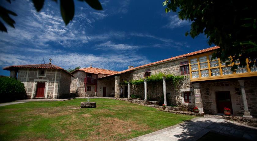 Best time to travel Spain Rectoral de Castillon