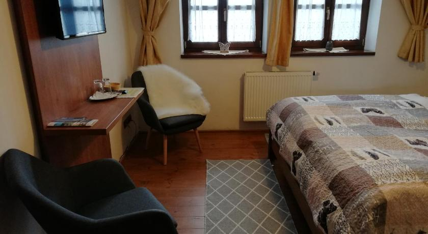 7e2ecaea6839 Best time to travel Slovakia Penzion Martinov Dvor
