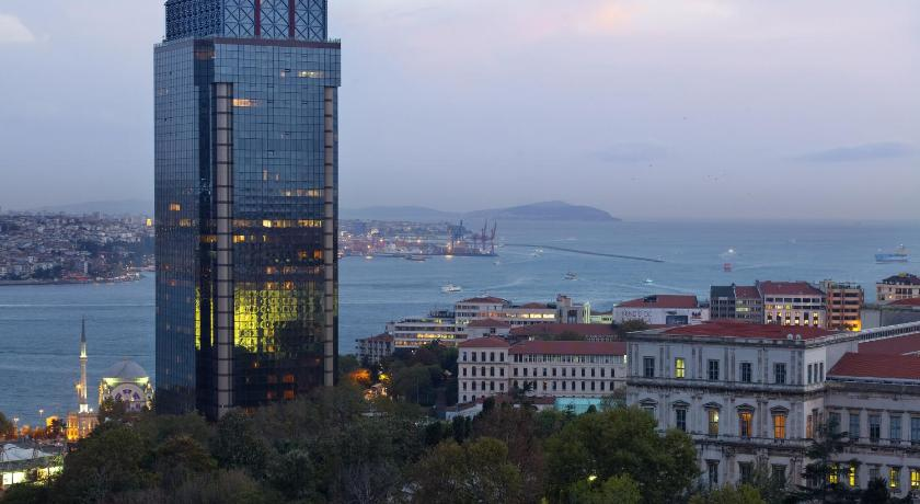Best time to travel Istanbul The Ritz-Carlton, Istanbul at the Bosphorus
