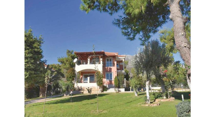 Best time to travel Euboea Six-Bedroom Holiday Home in Eretria