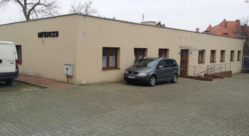 Best time to travel Poland Hostel Mfenixs