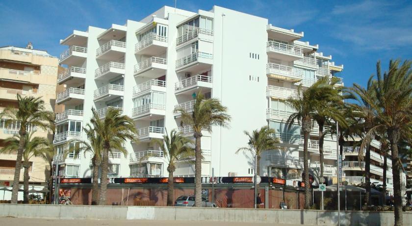 UHC Rubens Apartments