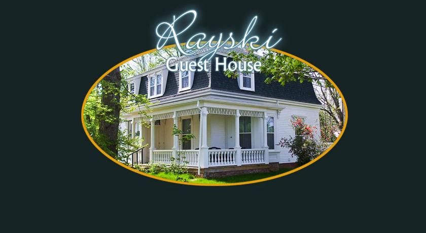 Best time to travel Canada Rayski Guest House