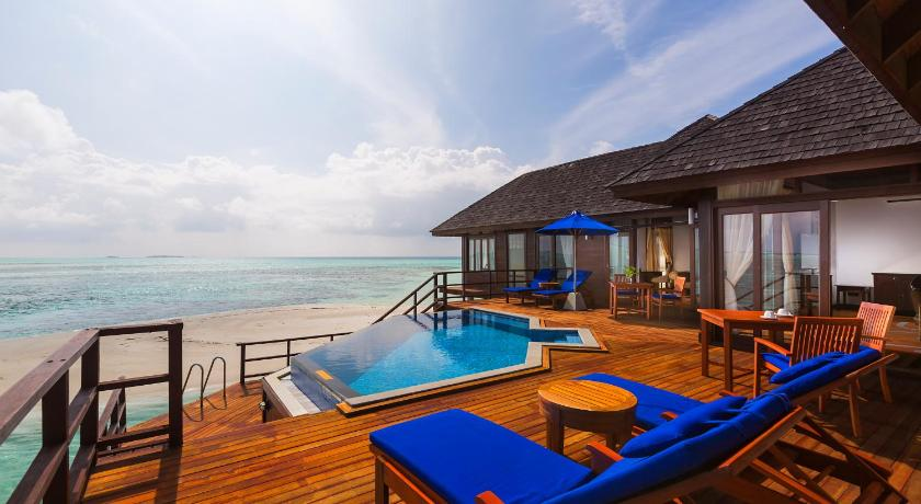 Best Time To Travel Maldives Olhuveli Beach Spa