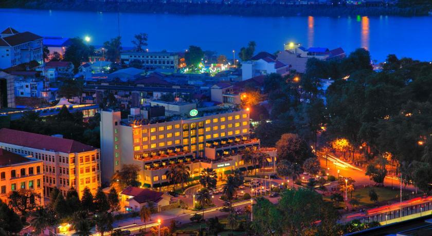 Best time to travel Phnom Penh Sunway Hotel Phnom Penh