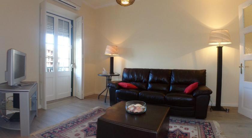 Best time to travel Algarve Apartment Downtown Faro