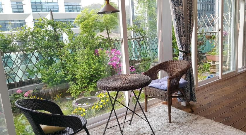 Best time to travel South Korea Pangyo Healing Garden