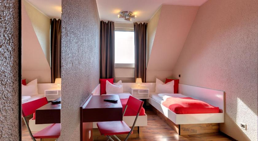 SMARTY Cologne City Center (formerly MEININGER Hotel Cologne City ...