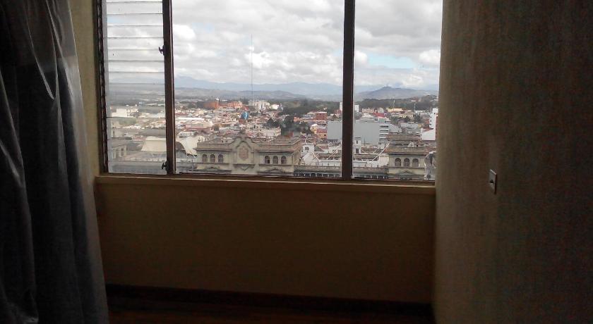 Best time to travel Mixco Centro Histórico