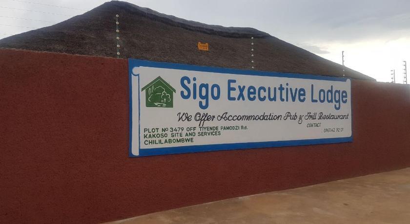 Best time to travel Zambia Sigo Executive Lodge
