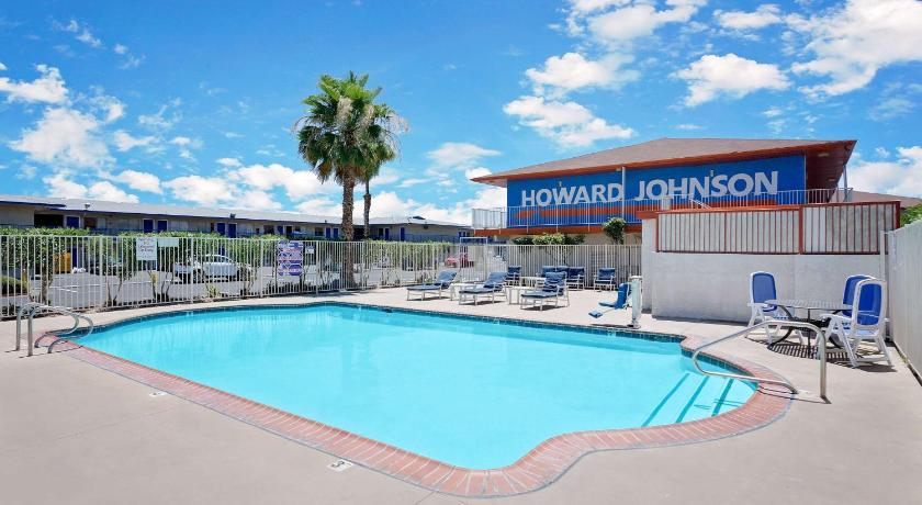 Best time to travel Las Vegas Howard Johnson by Wyndham Las Vegas near the Strip