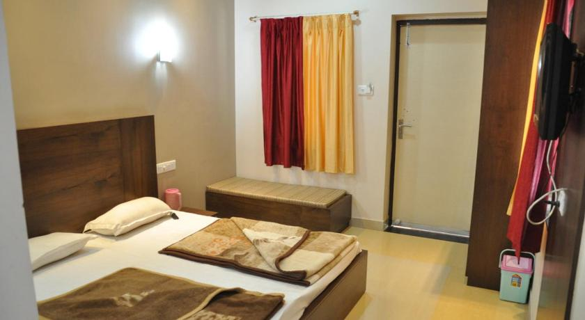 Super Friendly Stay near Polo Ground