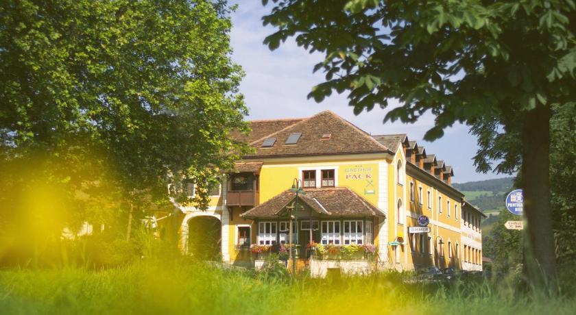 Best time to travel Wiener Neustadt Gasthof Pack zur Lebing Au