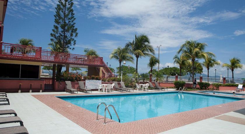 Best time to travel Chacarita Hotel Yadran Beach Resort