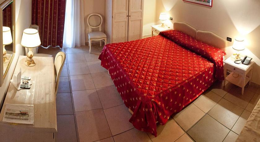 Best time to travel Italy Hotel Ferrara - La Tortiola & Rooms