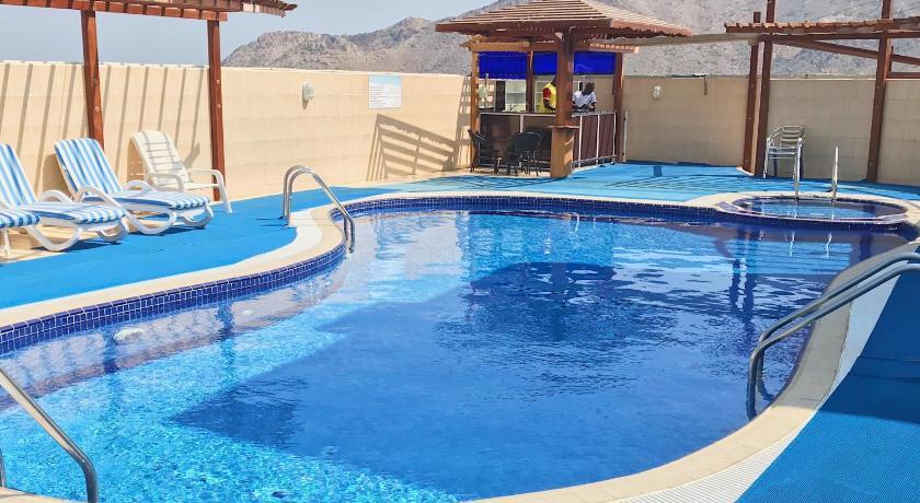 Best time to travel Dibba Al-Hisn Mirage Hotel Al Aqah