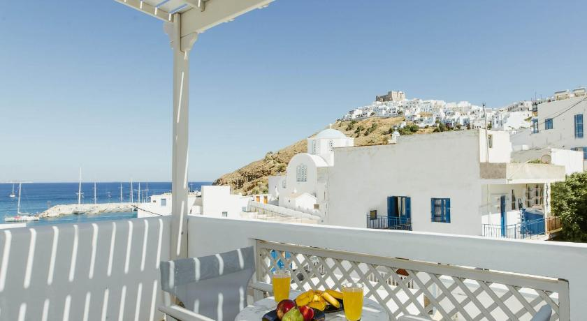 Best time to travel Leros Viva Mare Studios