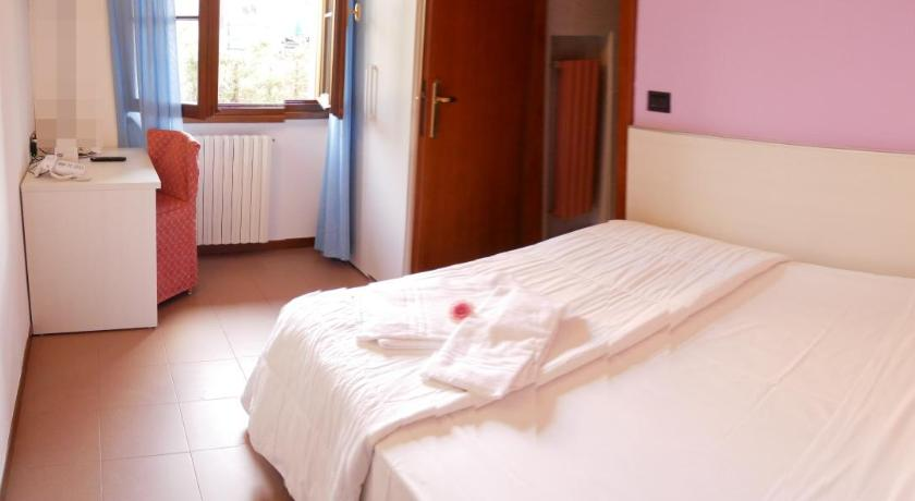 Comfort Single Room Hotel Il Castello